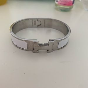 Hermès White/Silver Bangle